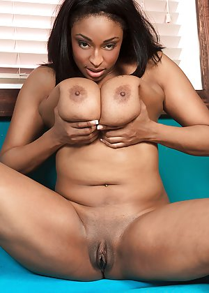 Shaved Black Pussy Pictures
