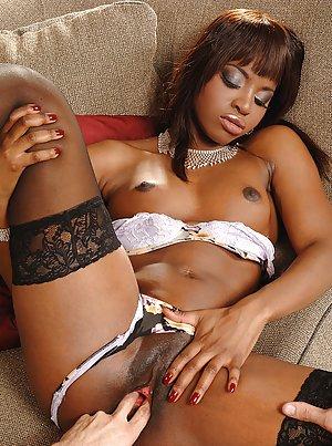 ebony mature sex galleries